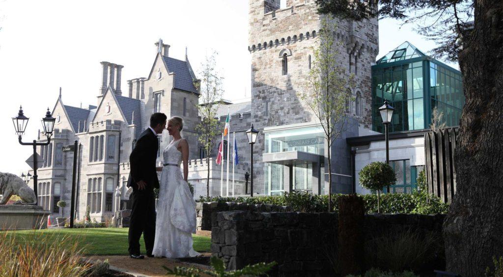 Bride Groom at Clontarf Castle in Dublin